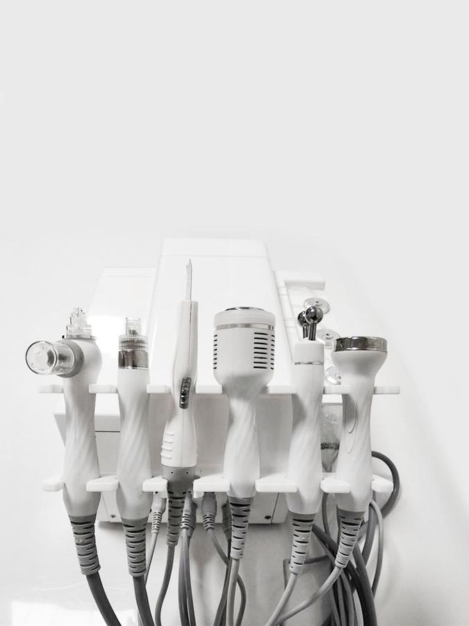 Nietypowy Okaz Hydradermabrazja z infuzją tlenową i mikrodermabrazją Oxygen Pro RA64